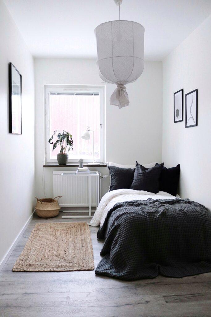 Stylat sovrum i lägenhet